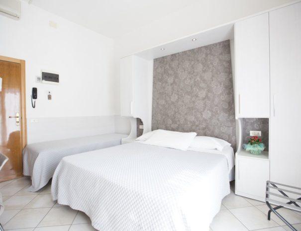 Hotel Desiree Cesenatico - Camera